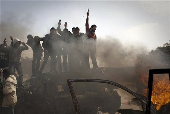 burninglibyanarmyvehicle